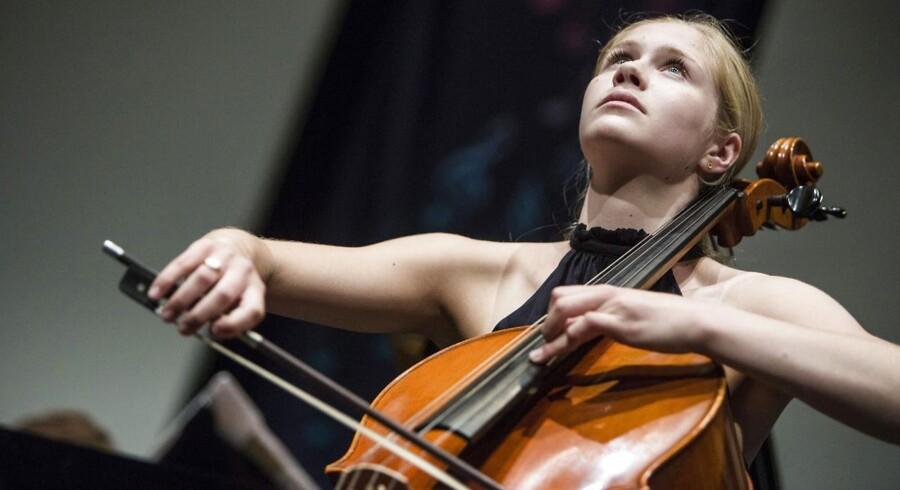 16-årige Signe Ebstrup Bitsch vandt både guldmedalje og Talentpræmien på 10.000 kroner i Berlingskes Klassiske Musikkonkurrence.