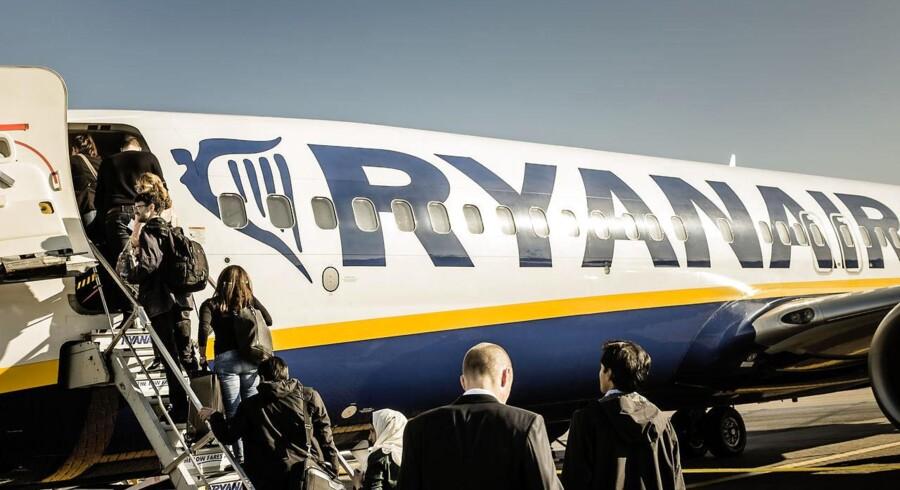 Ledelsen i Europas største flyselskab har kun skuldertræk til overs for dansk pensionskasses sortlistning af flyselskabet.