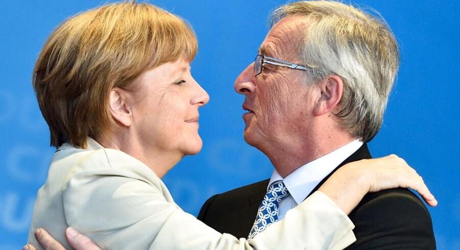 Tysklands kansler, Angela Merkel, giver nu den konservative Jean-Claude Juncker, der tidligere har været premierminister i Belgien, sin fulde opbakning som formand for EU-Kommissionen.