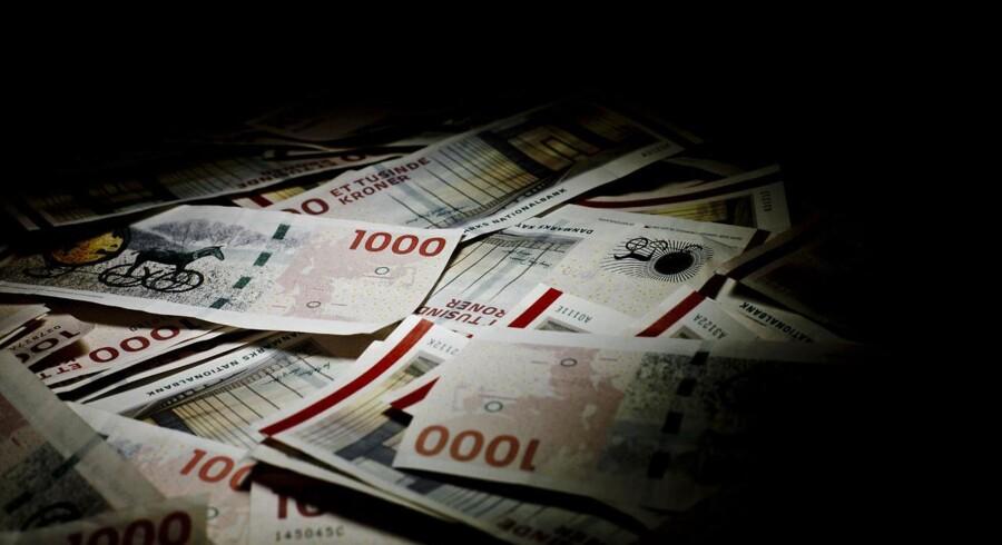 Når et godt tilbud lokker pensionskunder ind i butikken, bliver pengene hentet hjem et mindre synligt sted.