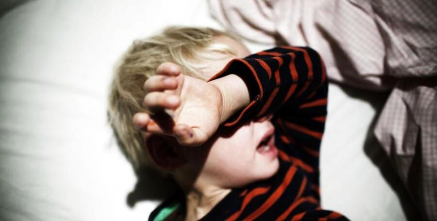 Anbragte børn føler sig i stor stil svigtet i deres egne sager. Og selv om kommunerne fra 1993 har haft lovmæssig pligt til en samtale med barnet inden anbringelse, sker det ikke i to ud af fem sager. Det skriver Kristeligt Dagblad på baggrund af den seneste praksisundersøgelse fra Ankestyrelsen. Modelfoto.
