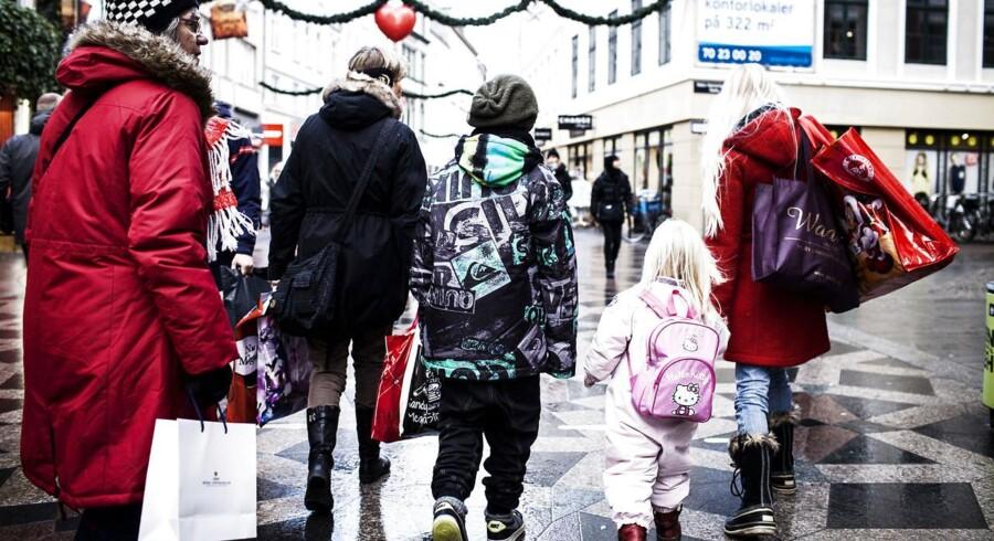 Det er blandt andet en reel nulvækst i det private forbrug, der lægger en dæmper på dansk økonomi.