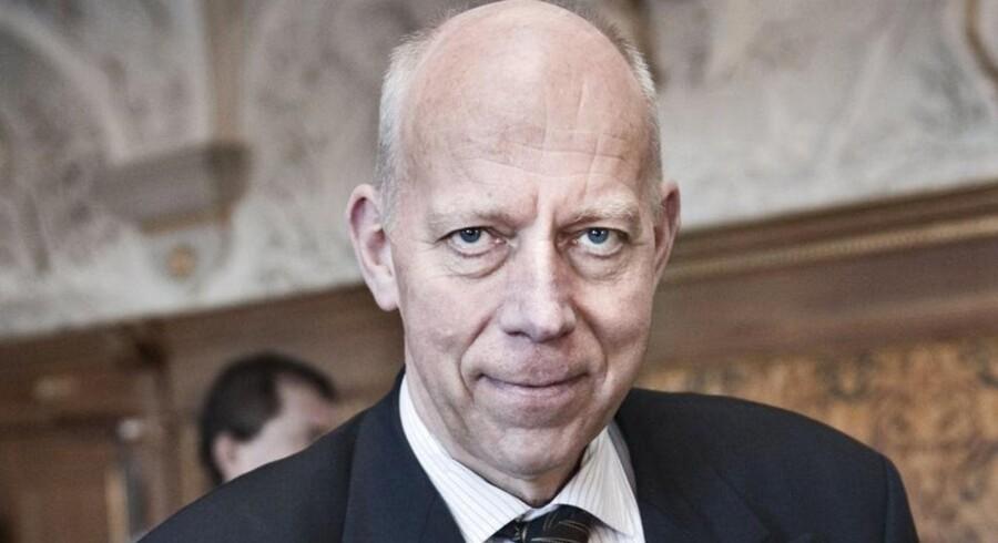 Tidligere nationalbankdirektør Torben Nielsen er ny formand i Sydbank.