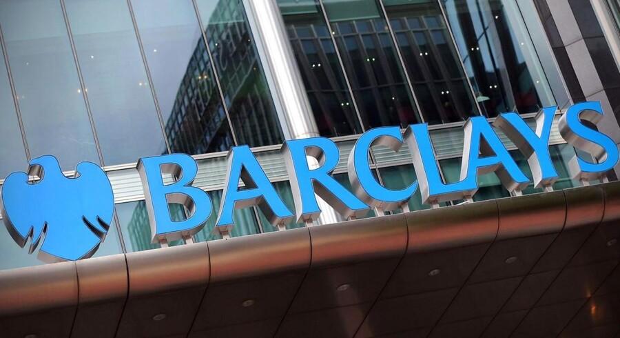 Salgspersonale hos britiske Barclays og en række andre storbanker er kommet i fokus i en sag om omfattende manipulation med valutamarkeder verden over.