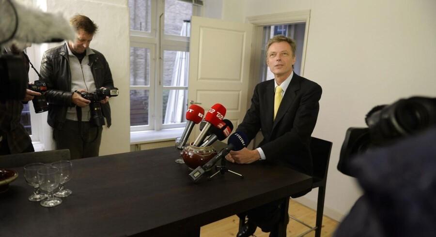 Klaus Riskær Pedersen holder pressemøde i sin lejlighed i København, efter løsladelsen fra fængslet.