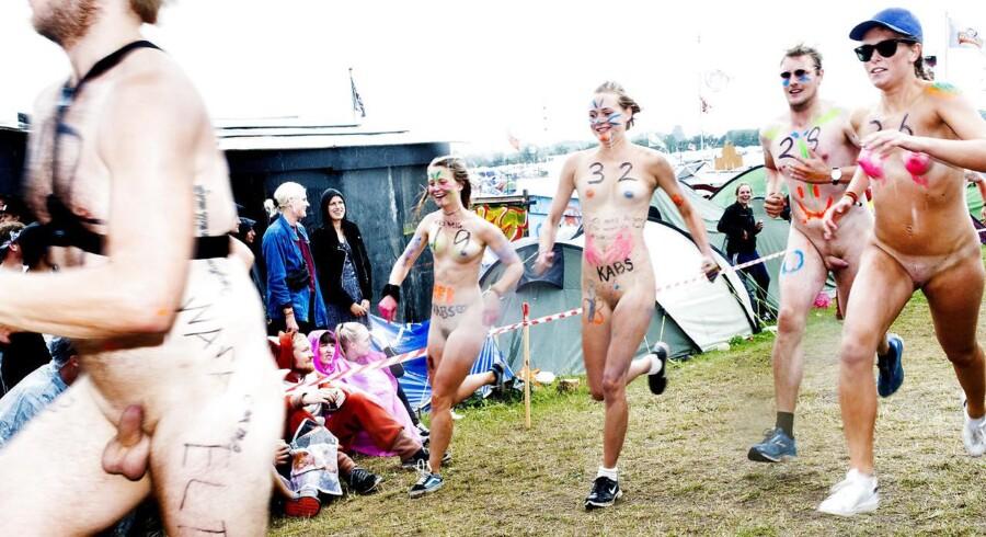 Traditionen tro blev der torsdag løbet nøgenløb på Roskilde Festival.