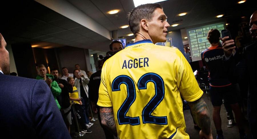 Der er tale om en gylden gulerod til Daniel Agger, der kan indkassere en gevinst, hvis klubben opnår succes og aktiekursen ligeledes oplever en optur.