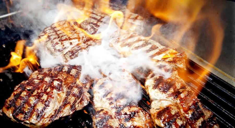 Hvis kødet er stiksaltet eller færdigmarineret, skal det fremgå af mærkningen, at det anbefales at gennemstege kødet.