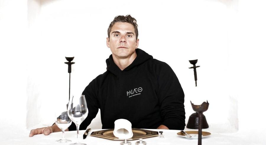 Thomas Rode Andersen er chefkok på michelinrestauranten Kong Hans. Han er aktuel med en ny bog om livet i kulisserne i kokkebranchen. Han er stor fortaler for stenalderkost, også kaldet palæo, hvor han senest har været konsulent for en ny restaurant i Torvehallerne.