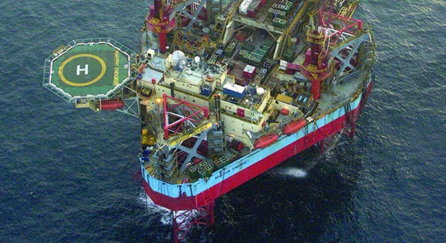 Maersk Drilling må bide i det sure æble og sende en af sine arbejdsløse borerigge, Maersk Endurer, på pension. Det skriver Mærsk-datterselskabet i en pressemeddelelse.