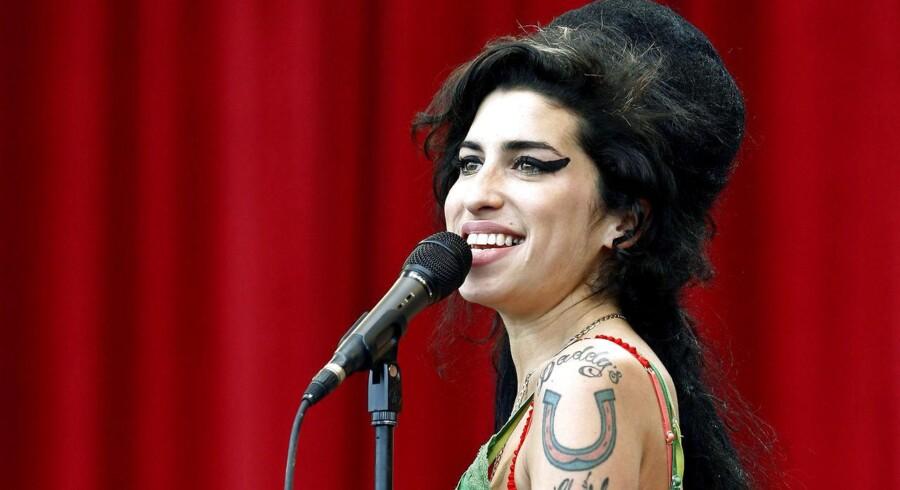 Amy Winehouse optrådte flere år i træk på den store britiske musikfestival Glastonbury. Her i 2007. REUTERS/Dylan Martinez/Files