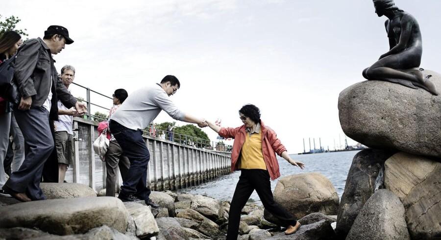 Kystområderne har svært ved at holde på turisterne, mens de store byer tiltrækker nye folkeslag langvejs fra.