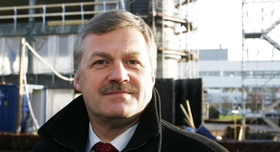 Onsdag kom det frem at den tidligere folkeskolelærer og ponyopdrætter, Carl Trock, har kurs mod formandsposten i Flüggers bestyrelse.