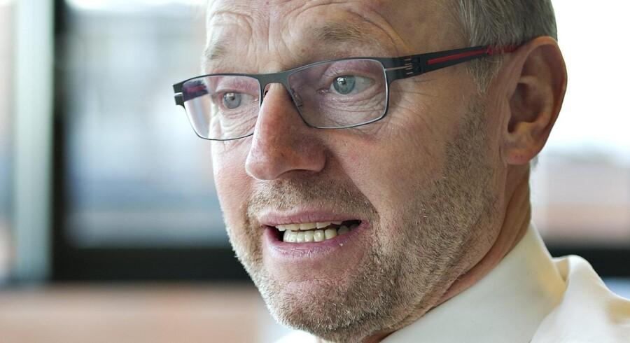Anders Dam, direktør Jyske Bank , fotograferet i hovedkvarteret i Silkeborg. Jyske Banks ordførende direktør, Anders Dam, har fået et forklaringsproblem efter DR-udsendelsen »I skattely« mandag aften. Banken kræver alle råbånd til udsendelsen lagt frem, men det krav ønsker DR ikke at imødekomme. Foto: Henning Bagger