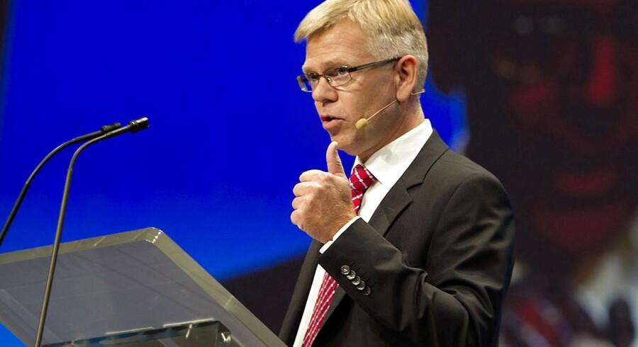 »Virksomhederne og de unge betaler nu en høj pris for den vildfarelse, at Danmark kun skulle leve af viden,« sagde Karsten Dybvad fra talerstolen.