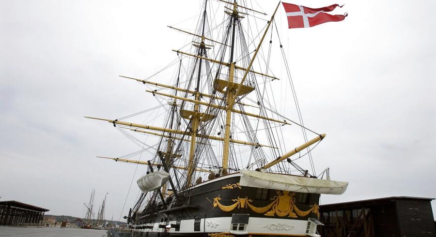 Fregatten Jyllands direktør ikke har penge med hjem fra et møde København, så blæser der mildere vinde, mener han.