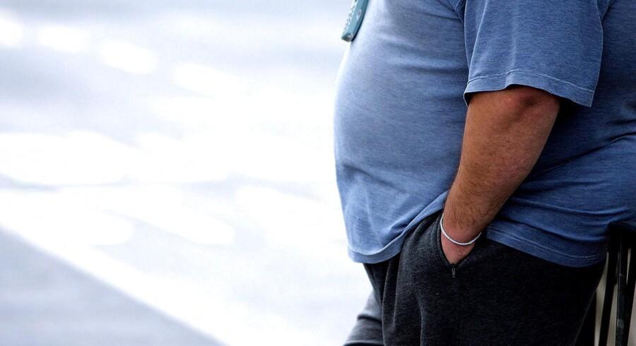 ARKIVFOTO. Novo Nordisk må nu også sælge anti-fedmepræparatet Saxenda i Europa, efter at godkendelsen er i hus. (se Ritzau historie 232234) Novo i rekord sikrede C20-fremgang. Det helt store samtaleemne på fondsbørsen fredag var Novo Nordisk, efter at et ekspertpanel under den amerikanske lægemiddelstyrelse, FDA, sent torsdag aften anbefalede Novos nye vægttabsmiddel Saxenda godkendt.