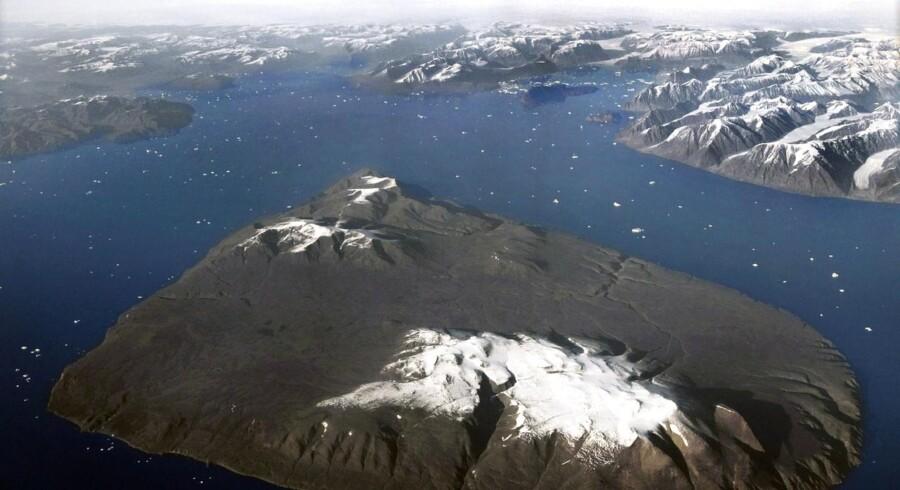 En hidtil hemmeligholdt rapport fastslår, at Grønland har ret til at sælge uran, så længe det er til fredelige formål.