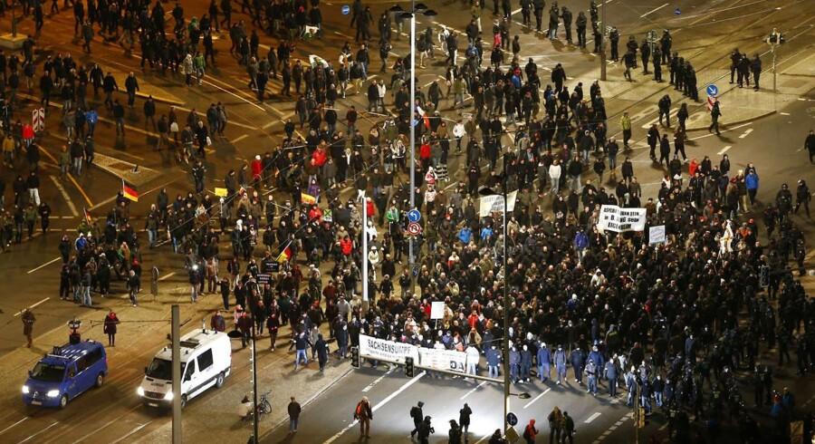 Legida er den Leipzig-baserede gren af den islamkristiske bevægelse Pegida. I aftes var støtter på gaden i Leipzig.
