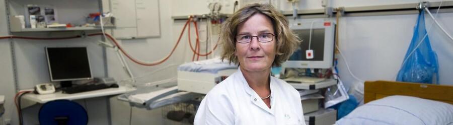 Jordemoder Kit Dynes Hansen. Den højeste middellevetid i Danmark er for en kvinde i Nordsjælland.
