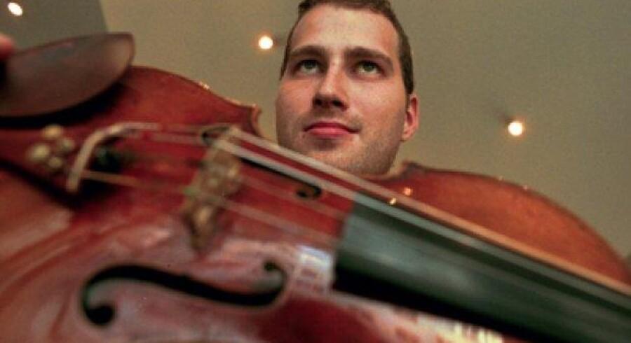 Nikolaj Znaider er mest kendt som violinvirtuos - han begyndte karrieren som dirigent langt senere