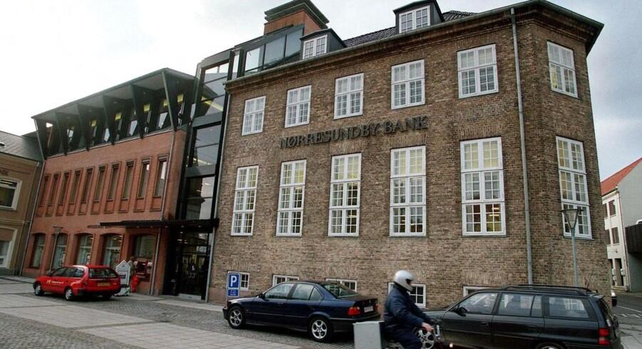 Nørresundby Bank og Nordjyske Bank offentliggøre fusion, fordi kursfølsomme oplysninger er blevet stjålet fra en bil. Arkivfoto.