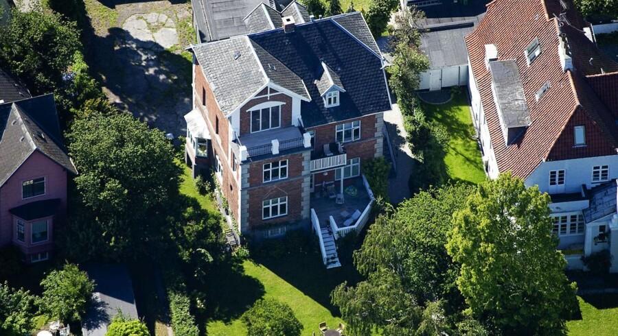 TV-værten Jes Dorph Petersens lejlighed i Hellerup er blandt mest klikkede boliger på mæglernes hjemmesider.