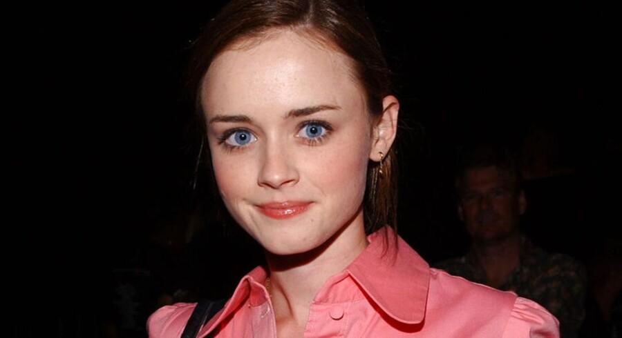 Bør Alexis Bledel her, som du måske husker som den kække datter i TV-serien »GIlmore Girls« spille hovedrollen i »Fifty Shades« frem for Dakota Johnson?