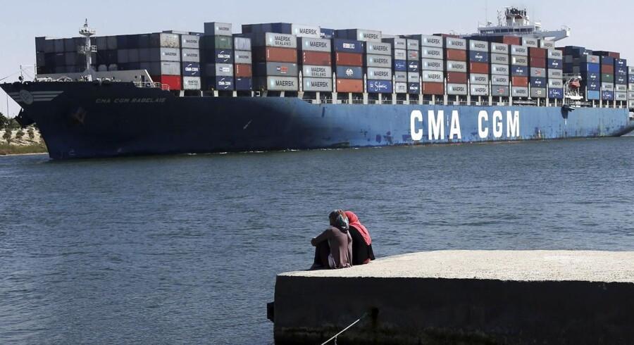 ARKIVFOTO. Egypten er klar til at igangsætte en udvidelse af den 145 år gamle Suez-kanal til 8,2 mia. dollar (46 mia. kr.)