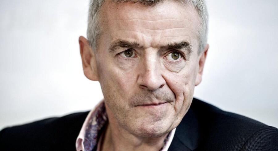 På pressemødet i København truede Michael O'Leary med at lukke Ryanairs base i Billund.