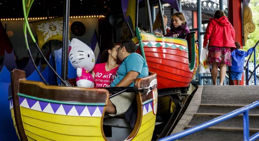 Lidt færre gæster kyssede hinanden i Tivoli i første halvår, men bundlinjen voksede alligevel.