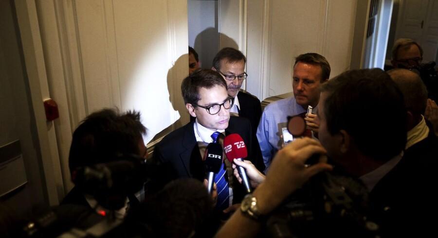 Torsdag den 25. august indgik politikerne et bredt forlig om bankpakke IV for at hjælpe danske banker i vanskeligheder. Her fra det efterfølgende pressemøde med Brian Mikkelsen, Ole Sohn og Morten Bødskov i Erhvervsministeriet.