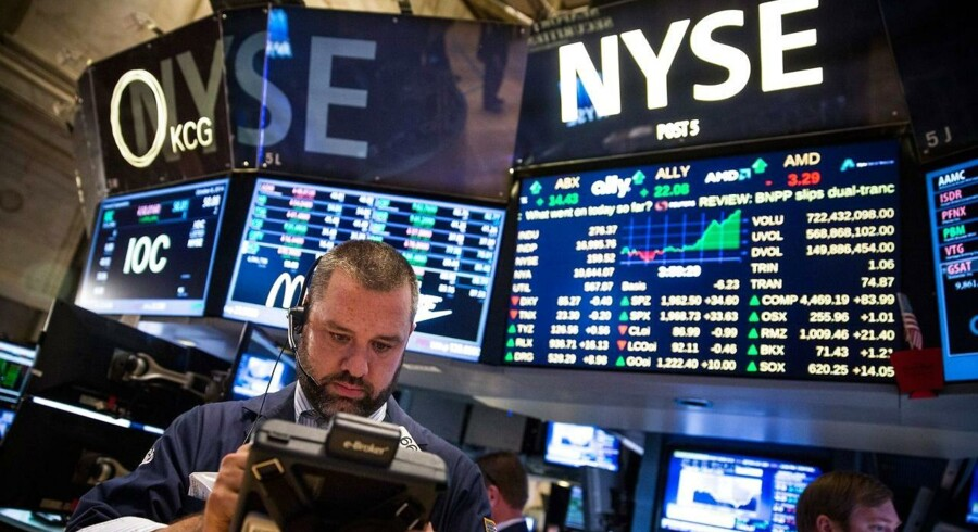Den lave rente kan få folk til at søge mod andre investeringsmuligheder med højere risiko. Men i nogle tilfælde er den højere risiko unødvendig, da mere sikre investeringer giver et betydeligt højere afkast.