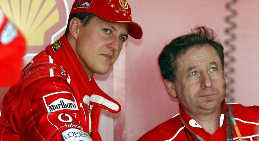 Michael Schumacher (venstre) og Jean Todt (højre) fejrede masser af triumfer sammen, da tyskeren kørte for Ferrari.