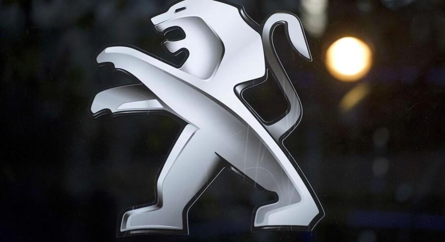 Peugeot Citroen er nået til enighed med det kinesiske firma Dongfeng Motor og den franske stat om at træde til som nye investorer i en del af en redningspakke på 5,3 mia. euro.