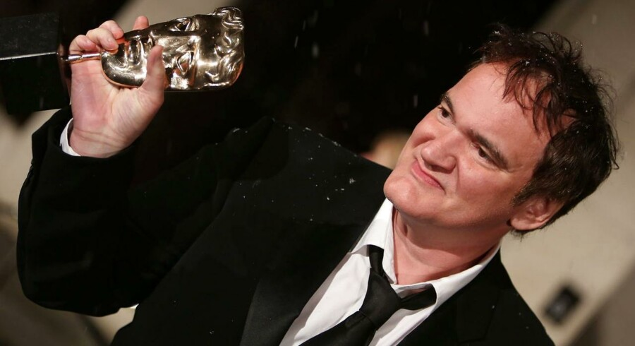 Filminstruktør Quentin Tarantino modtog søndag aften en BAFTA-pris for Manuskriptet til filmen »'Django Unchained«..