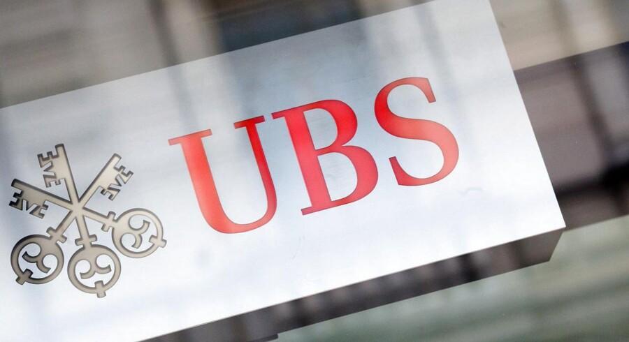 UBS går nu på jagt efter danske bankers rigeste kunder.