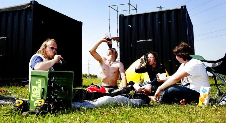 1. juli træder første del af afgiftslettelserne i kraft. Det sikrer billigere sodavand og øl til tørstende danskere og festivalgængere, og sikrer fremgang i salget i de danske supermarkeder.