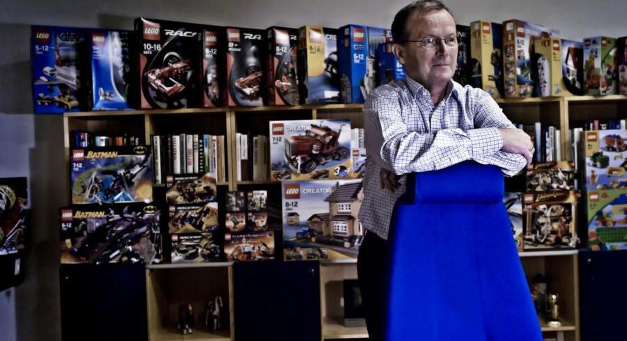 Legos hovedejer Kjeld Kirk Kristiansen og hans familie tjener styrtende både på klodserne og på andre investeringer. Familiens pengetank Kirkbi er parat til at sætte endnu flere penge i arbejde.