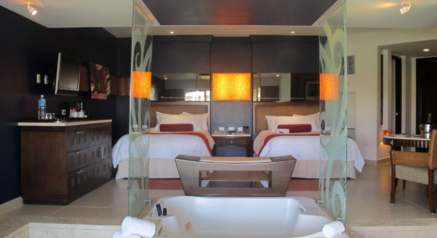 Receptionen i Hard Rock Hotel i Den Dominikanske Republik er særdeles luksuriøs, men også fyldt med klenodier fra rockens verden.