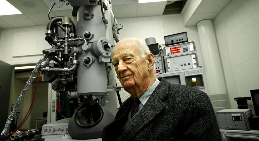 Haldor Topsøe nåede vidt i sit 99-årige lange liv. Hans nysgerrighed, energi og vilje var en inspiration for mange, heriblandt civilingeniør, direktør og bestyrelsesmedlem Flemming Lindeløv, som mener Haldor Topsøe endnu i dag er en inspiration for udvikling.