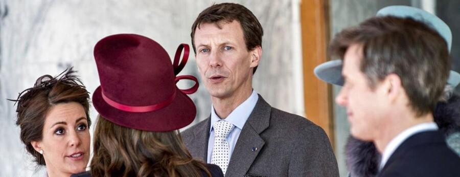 Prins Joachim aflyser sit planlagte besøg på den danske ambassade i Moskva.