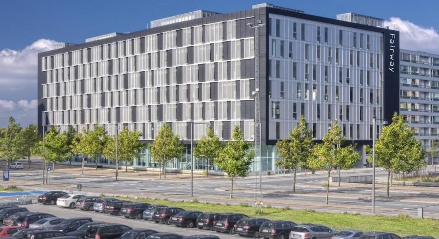 Svenske Niam overtager den 16.700 kvadratmeter store »Fairway House«-kontorbygning, som ligger i Ørestad City lige over for Cabinn-hotellet og med udsigt til golfbaner - deraf navnet.