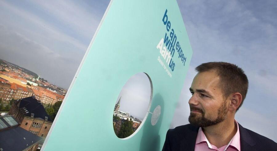 »Jeg tror, at at mange kommuner på en lang række punkter kan blive skarpere, når det gælder erhvervsservice,« siger Aarhus-borgmester Jacob Bundsgaard (bill.).