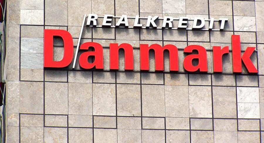 Bagmandspolitiet rejser en ny sigtelse i en sag om kursmanipulation med obligationer hos Realkredit Danmark.
