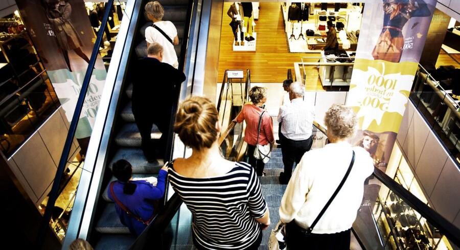 Det er i første omgang det private forbrug, der trækker dansk økonomi op i fart følge af lave renter og øget tillid til fremtiden.