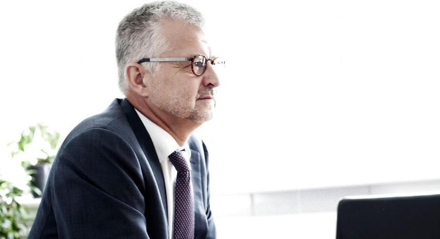 Topchef i Falck, Allan Søgaard-Larsen, beholder sine aktier i Falck, selvom Lego-familiens pengetank Kirkbi har øget sin ejerandel.