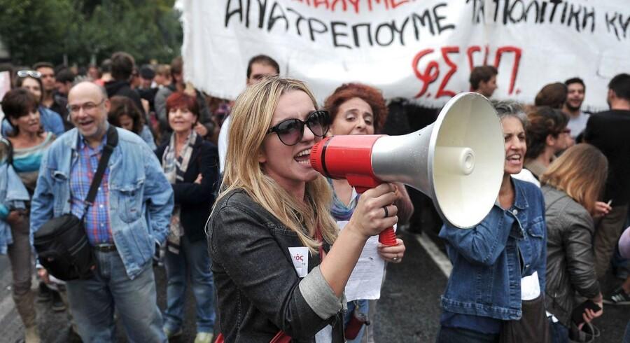 Athen er stadig ofte præget af demonstrationer mod de skrappe sparepakker, som skal bringe Grækenland tilbage på sporet.