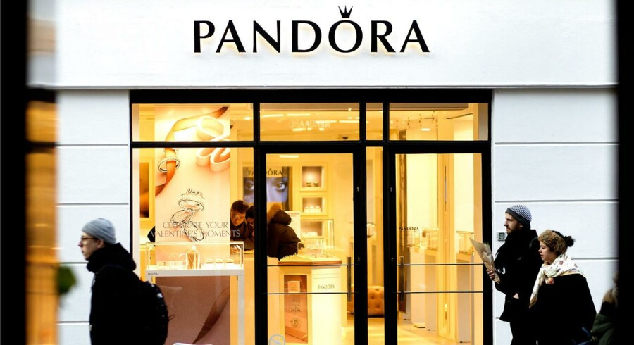 Efter en årrække med en straffesag hængende over hovedet har smykkeselskabet Pandora nu fået Landsrettens ord for, at ledelsen har informeret markedet rettidigt. Frifindelsen vil skabe jubel i børsnoterede selskaber, mener professor.