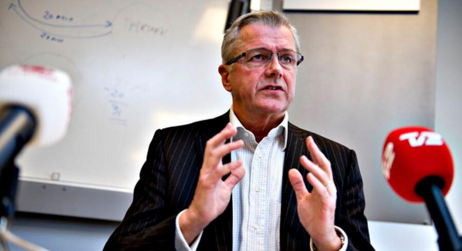 Ifølge dagbladet Børsen var Jensby i 1984 udstationeret for IBM i USA, men efter kun ganske få uger på posten, måtte han hentes hjem igen, efter han havde forsøgt at fuske med bilag og få IBM til at betale for private udgifter.
